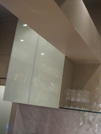 6_stir-glass-cabinet-detail-copy_icon@2x