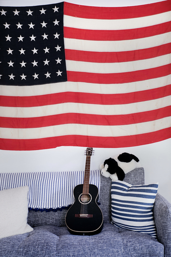 Lawson-brookline-katz-kitchen-kids-bedroom-flag_icon@2x